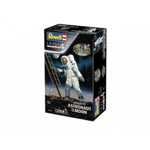 Revell Apollo 11 Astronaut on the Moon 1:8 1/4