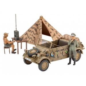 Revell German Staff Car Type 82 KUEBELWAGEN 1:35 1/4