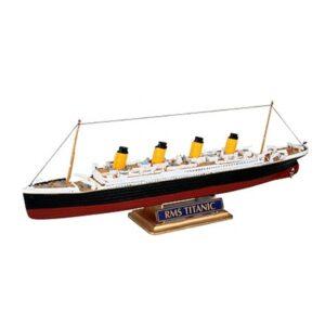 Revell R.M.S. Titanic 1:1200 1/2